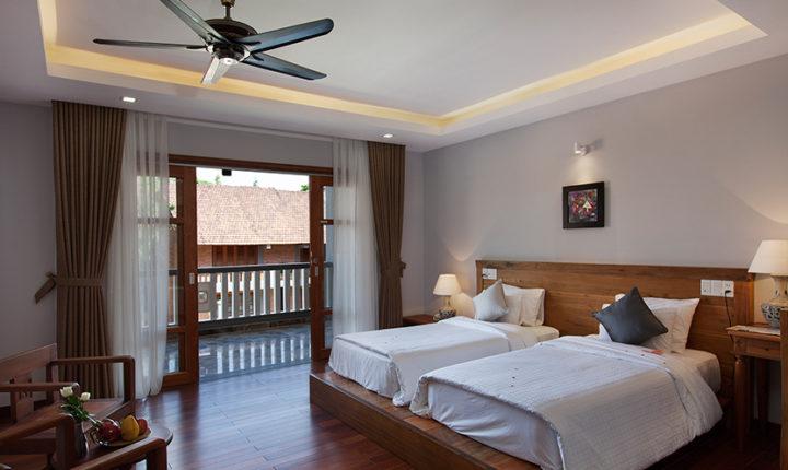 Premium Deluxe room twin beds Pilgrimage Village